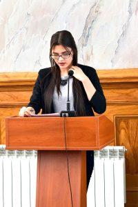 студентка группы №5 Романова Валерия зачитывает воспоминания о Герое Советского Союза Кондратьеве П.В