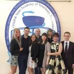 Фотографии на добрую память студентов и преподавателей у Дома Культуры!