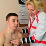 Студент на приёме у врача