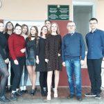 На фото: доцент Курилович А.М. с учениками аграрного класса ГУО «Верхнедвинская гимназия»