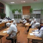 Проведение государственного экзамена по фармакологии и  фармацевтическим технологиям у студентов  специальности «Ветеринарная фармация»